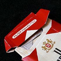 fakecardboardsculptures-marlboros-tb